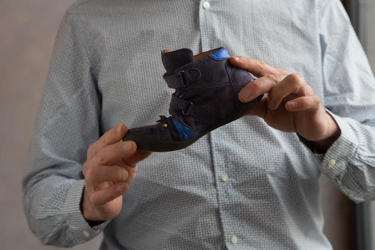 Chaussure enfant test flexion