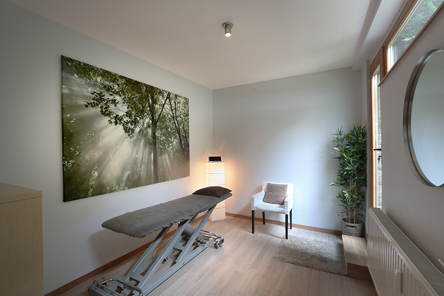Massages room Medical33 Center